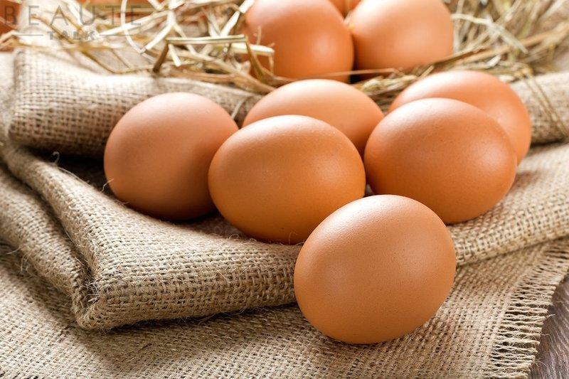 trị nám cho da nhạy cảm bằng trứng gà